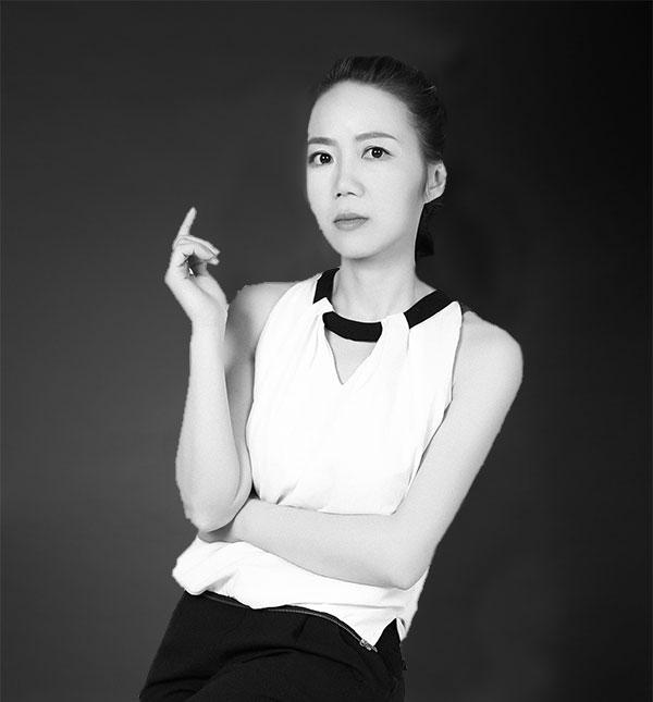 主任设计师—Anna 黄