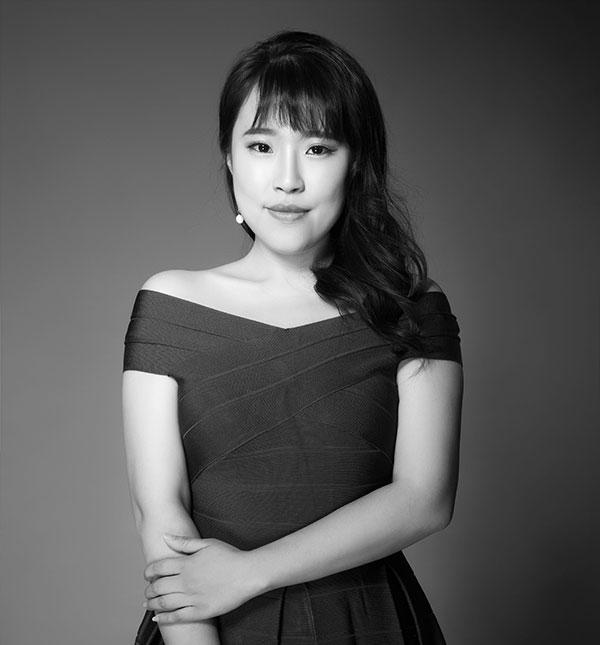 首席设计师—Yujie 廖
